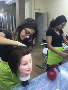 Prácticas de corte de cabello – PIIIL Main Imagen
