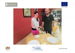 Servicio y el Protocolo de Vino en PIIIL Main Restauración