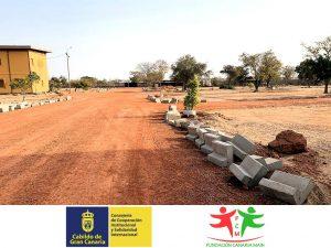 Sigue avanzando el Proyecto «Acceso al Centro Socio-educativo y Casa de acogida Mª Auxiliadora» en Burkina Faso